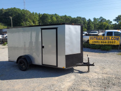 02_blacked_out_silver_enclosed_trailer.jpg