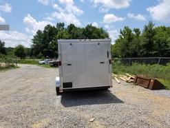 06_7x16_silver_enclosed_trailer.jpg
