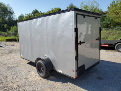 06_blacked_out_silver_enclosed_trailer.jpg
