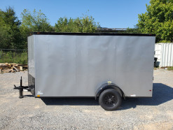 07_blacked_out_silver_enclosed_trailer.jpg