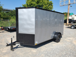 09_blacked_out_silver_enclosed_trailer.jpg