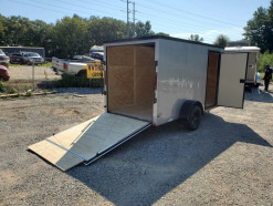 12_blacked_out_silver_enclosed_trailer.jpg
